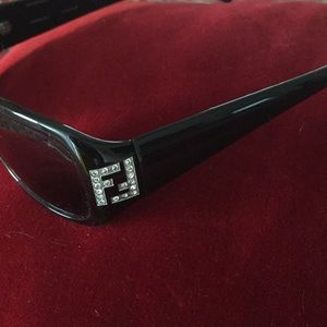 Authentic Fendi black sunglasses w case & box
